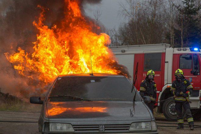 Pożar auta a ubezpieczenie